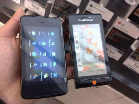 N900vsSatio