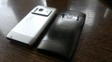 Nokia N8 und X7 back