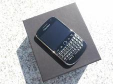BlackBerry Bold 9900 (2)