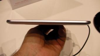 Samsung Galaxy Tab 8.9 LTE (3)