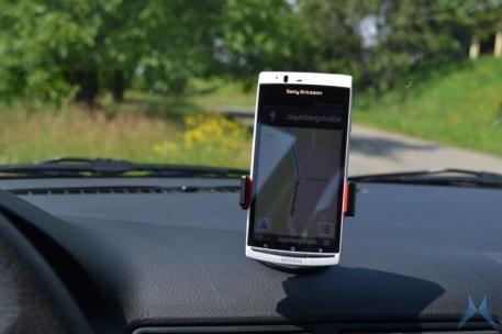 Oso Grip Universal KFZ-Smartphone-Halterung (14)