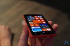 Nokia Lumia 820 (3)