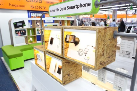 htc shop in shop (2) 2