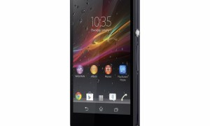 Xperia Z front 40 wet 1