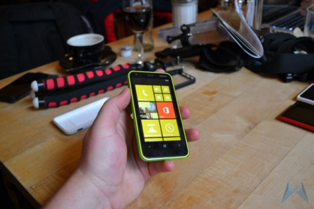 Nokia Lumia 620 Windows Phone (26)
