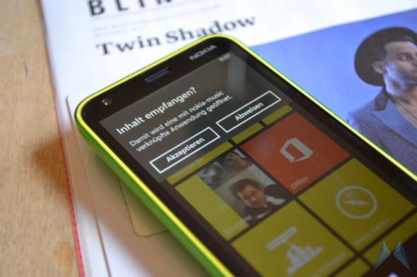 Nokia Lumia 620 Windows Phone (30)