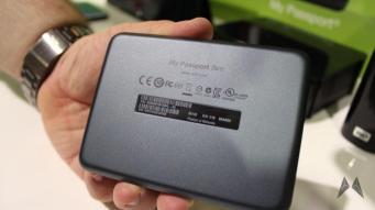 Western Digital My Passport SLIM IMG_4545