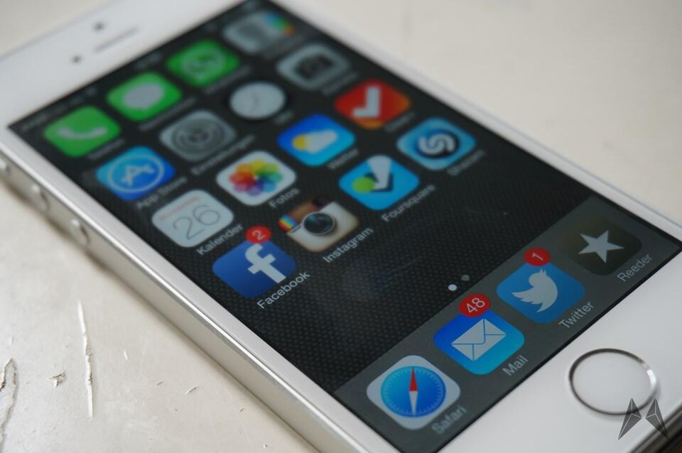 iphone_5s_ios_7