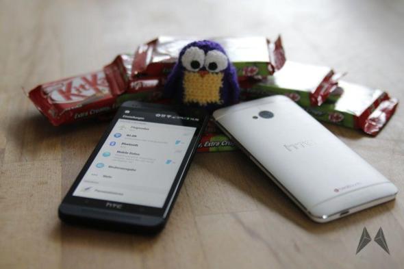 HTC One Android Kitkat Sense 5.5 Screenshots