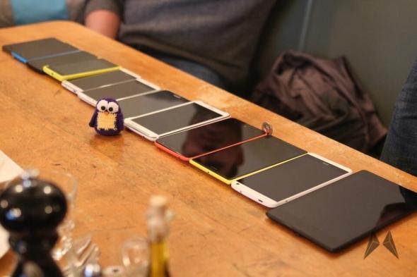 iPhone 5S Lumia 920 Nexus 5 Lumia 1020 HTC One LG G2 Galaxy Note 3 Lumia 1320 Lumia 1520 HTC One Max Nexus 7 2013 MeetLumiaDUS #IMG_5527