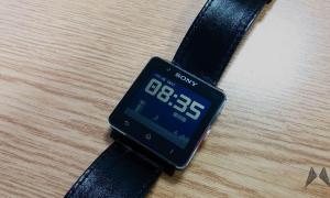 Sony Smartwatch 2 LowPower-Mode 2013-12-20 08.35.47