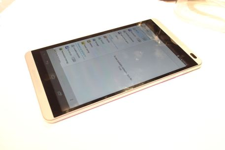 Huawei Mediapad M1 01