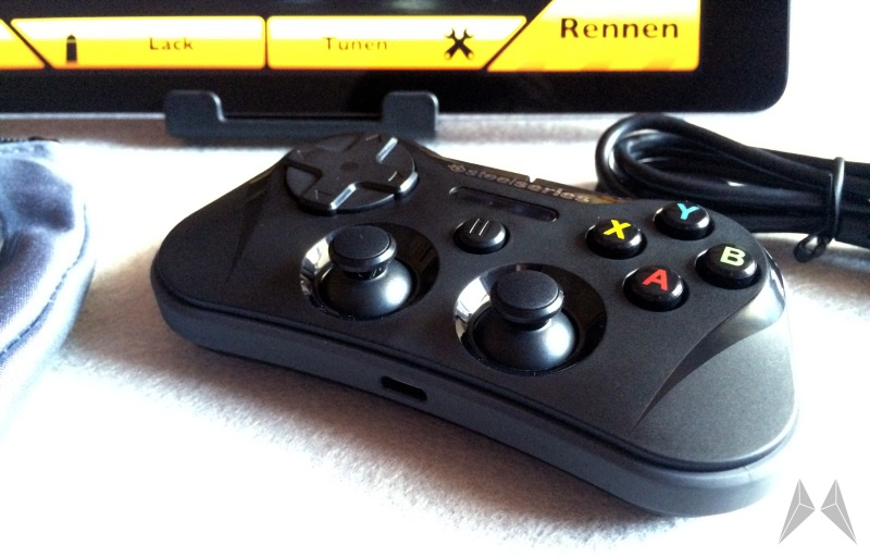 SteelSeries Stratus Wireless Gaming Controller (3)