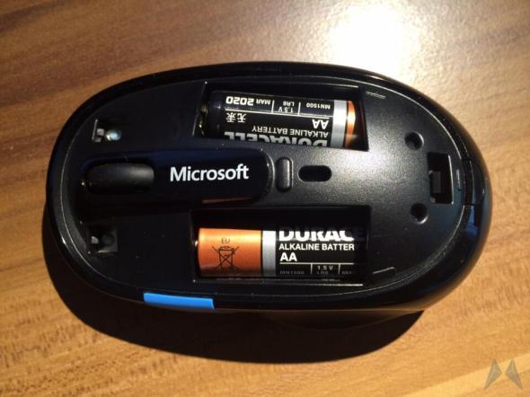 Microsoft Sculpt Comfort Mouse (3)