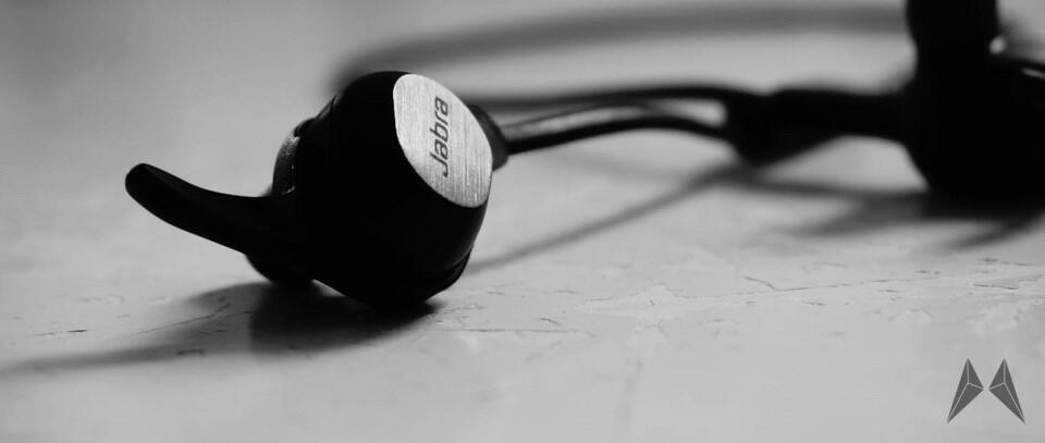 jabra rox wireless in ear kopfh rer mit bluetooth im test. Black Bedroom Furniture Sets. Home Design Ideas