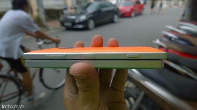 Lumia 830 vs Lumia 930 (3)