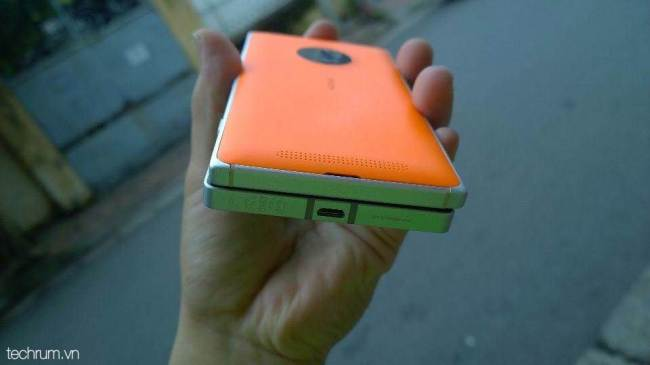 Lumia 830 vs Lumia 930 (7)