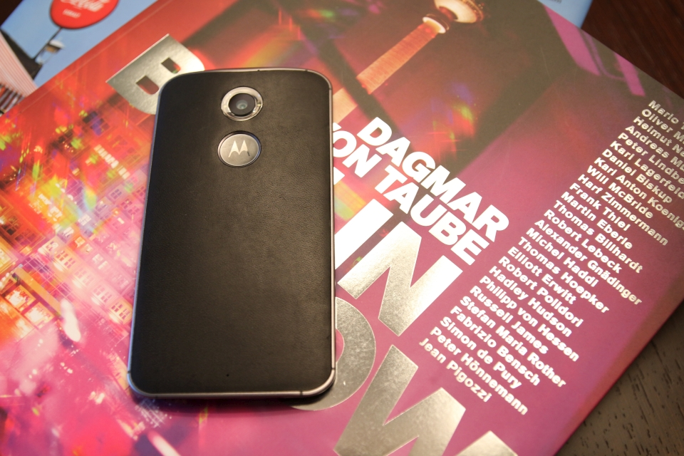 moto x 2nd leather 2