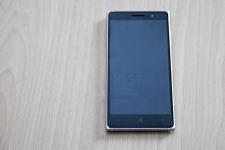 Lumia 830 (2)