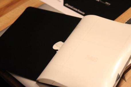 dBrand Skin für das Apple Macbook Pro Retina in Carbon IMG_3985