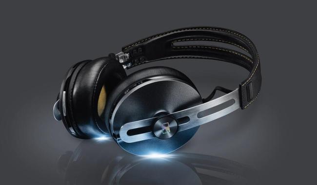 MOMENTUM_II_Wireless_Black_High_Class