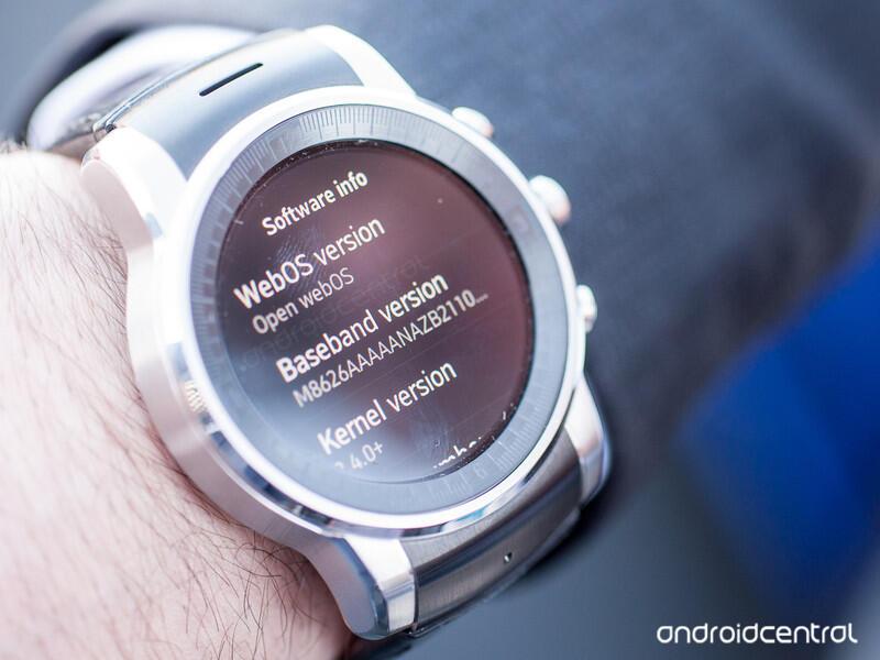 LG G Watch R im Look der WebOS- bzw. Urbane-Edition (DIY)