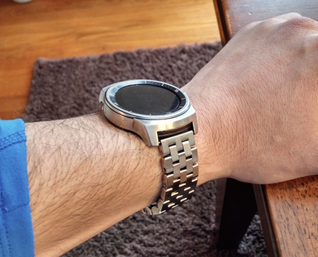 LG-G-Watch-R-Urbane-conversion-2-640x518
