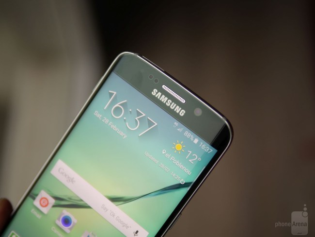 Samsung Galaxy S6 Edge Hands-On (4)