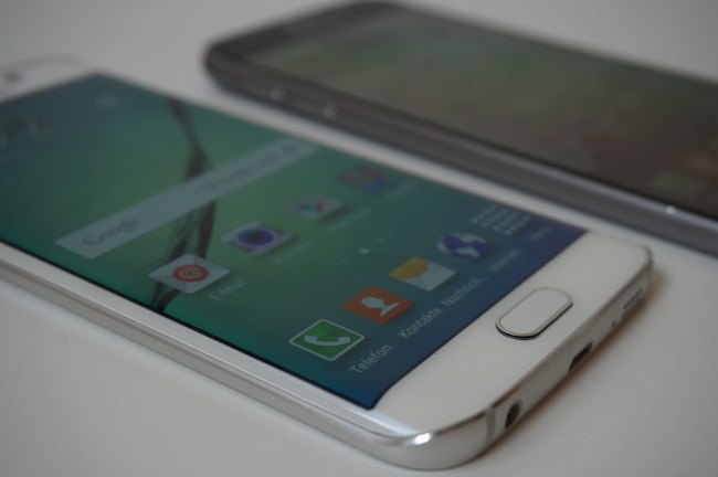 Samsung Galaxy S6 Edge Unboxing3