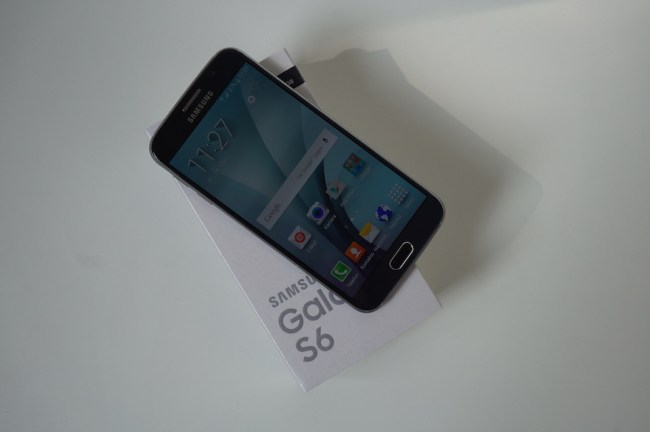 Samsung Galaxy S6 Unboxing2