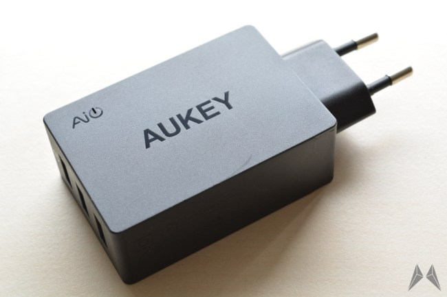 aukey 3 port