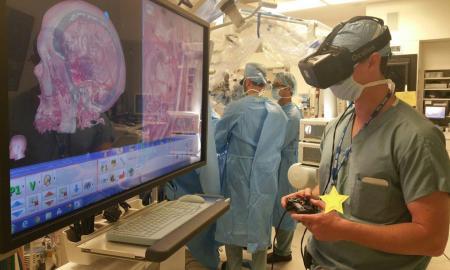 surgeon_VR