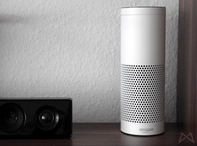 Amazon Echo weiß