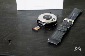 Huawei Watch 2 SIM Slot