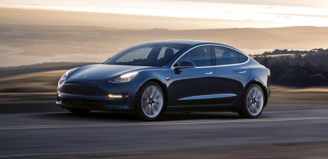Tesla Model 3 Depp Blue