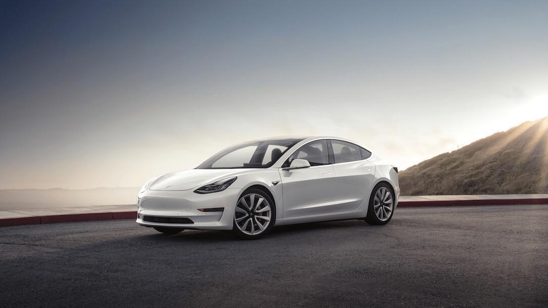 Tesla Model 3 Pearl White