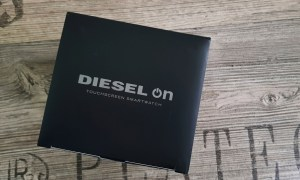 Dieselon Full Guard Smartwatch Android Wear Fossil Group 2017 10 06 10.41.16