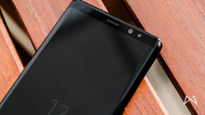 Samsung Galaxy Note8 02