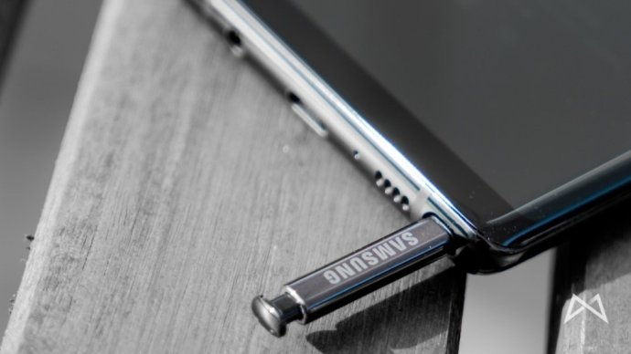 Samsung Galaxy Note8 06