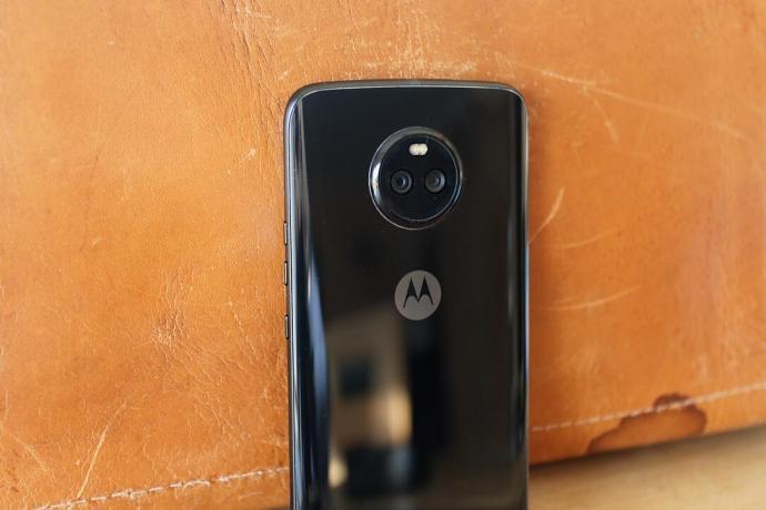 Moto X4 Back 2