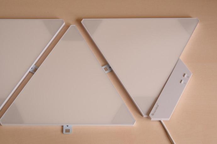 Nanoleaf Panel Tisch