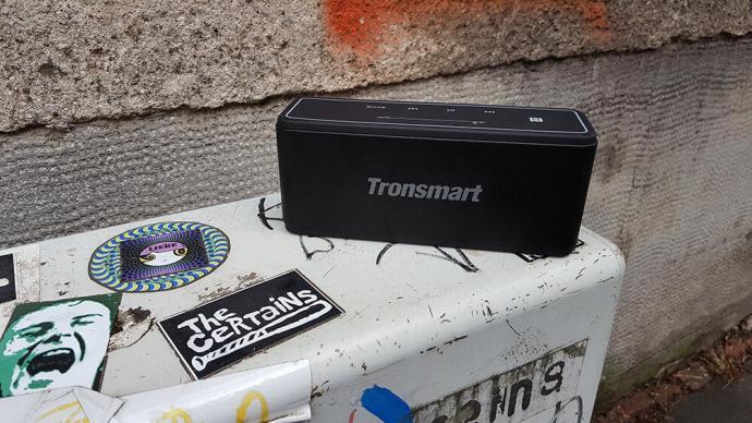 Tronsmart Mega (front)