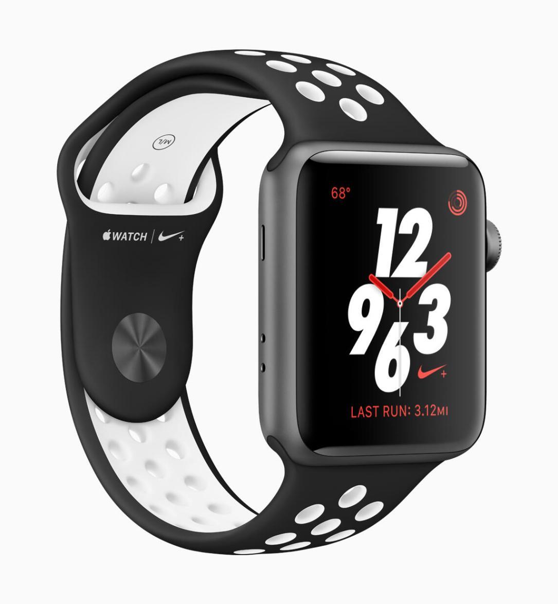 Apple Watch Series3 Nike Sports Band Black 032118