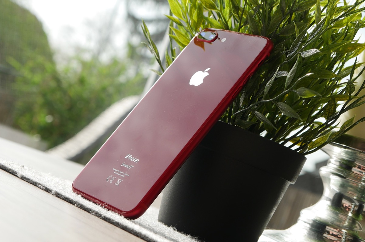 Apple Iphone 8 Red Header