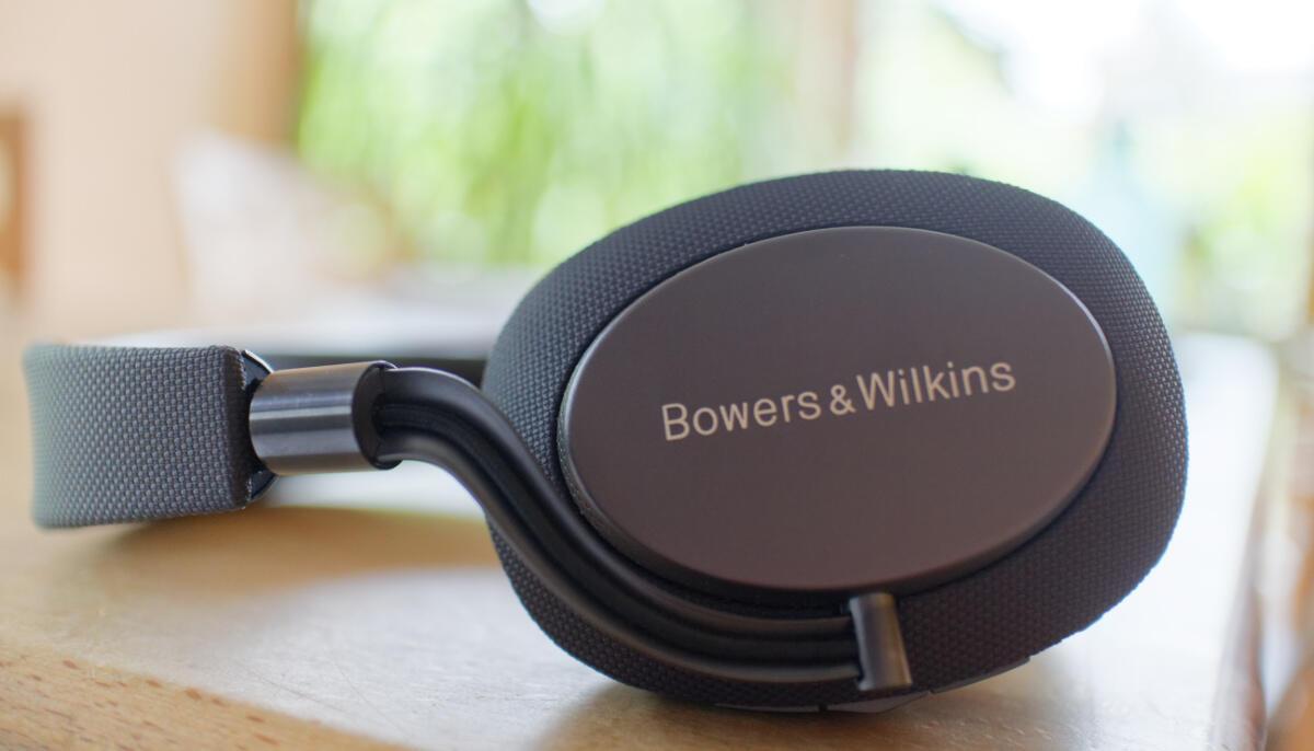 Bowers Wilkins Px Im Test So Lsst Sich Die Ruhe Genieen Active Noise Cancelling Wireless Headphones