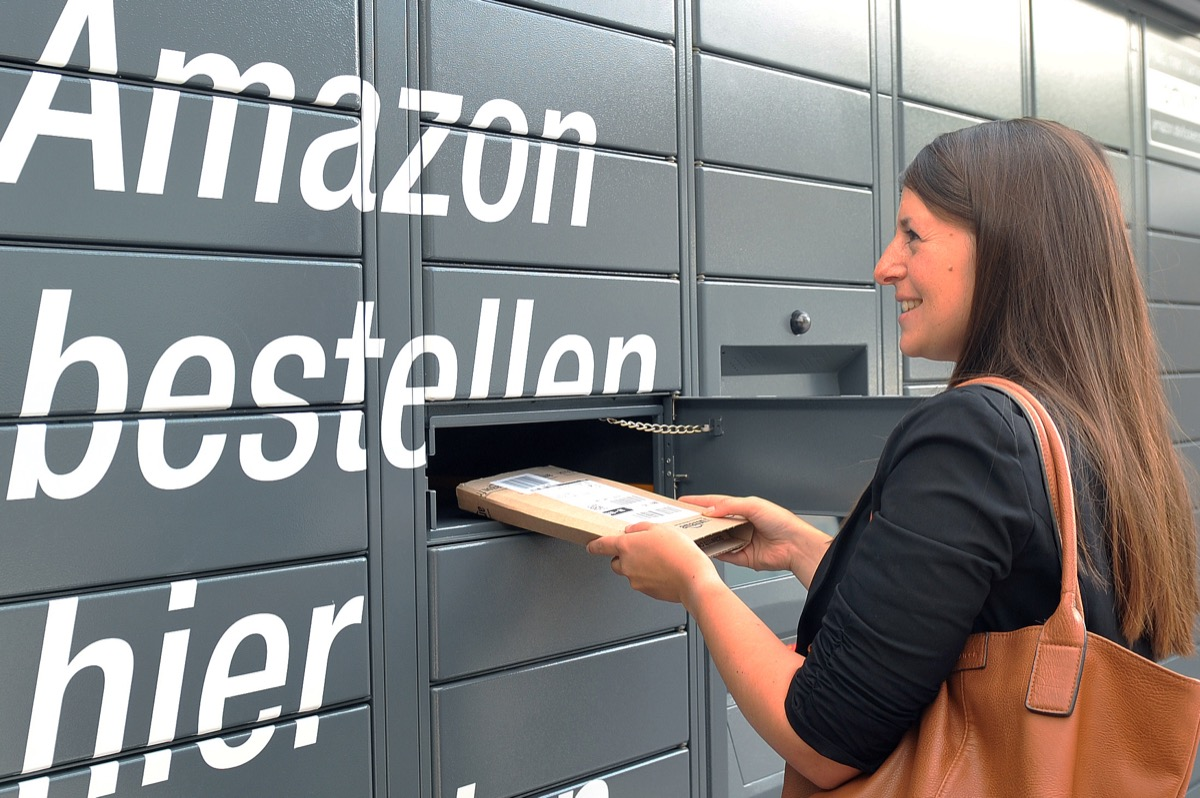 Amazon Locker 1