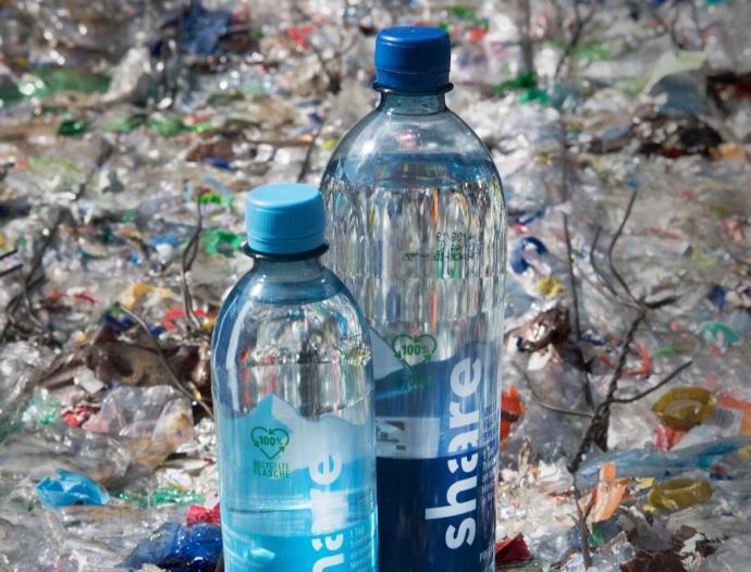 Share Recyclat Flaschen