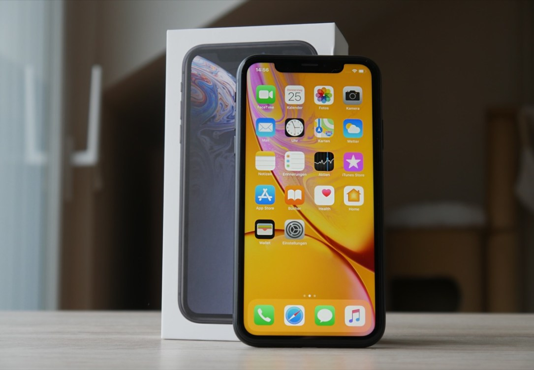 Apple Iphone Xr Unboxing Header