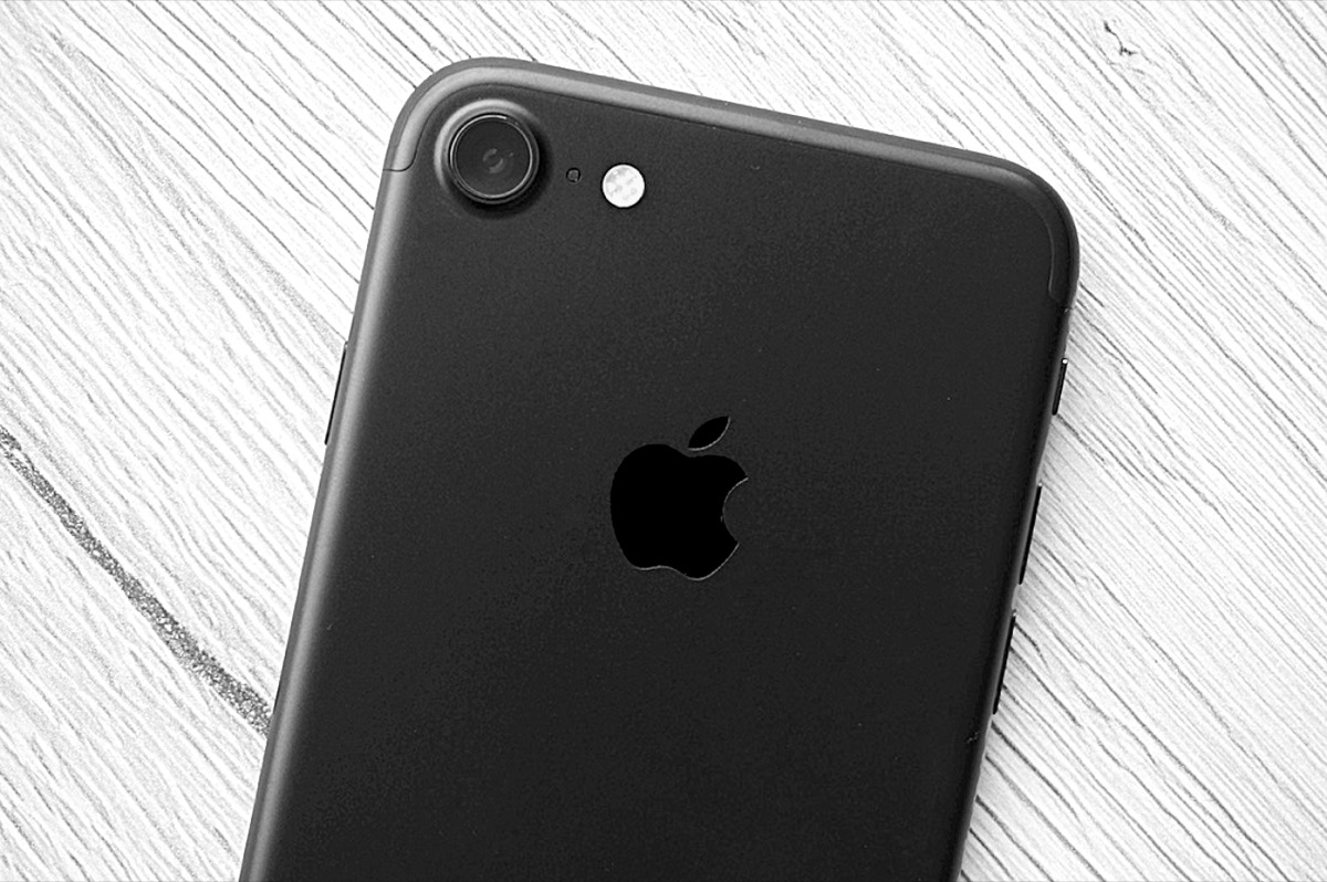 Apple Iphone Alt Header