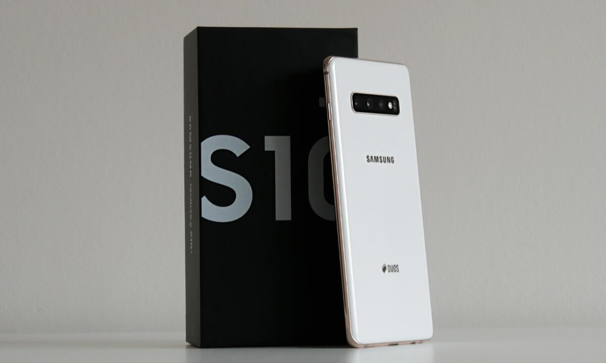 Samsung Galaxy S10 Plus Unboxing Header